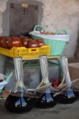 Porrones de vino