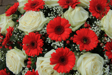 Bridal bouquet in red and white