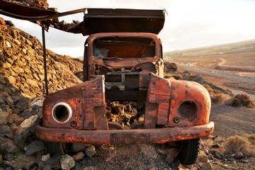 vehiculo abandonado