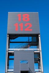 logo 18 112