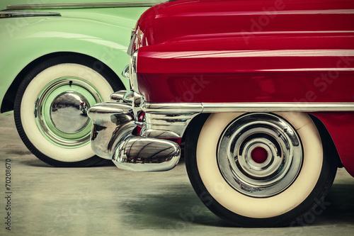 Zdjęcia na płótnie, fototapety na wymiar, obrazy na ścianę : retro styled image of two vintage American cars