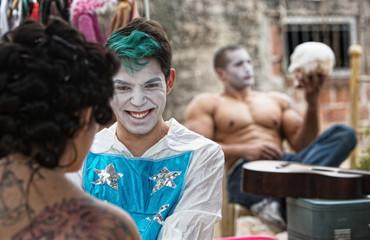 Cirque Clowns Giggling