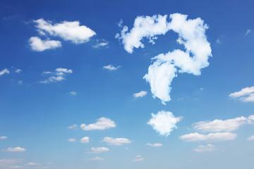 Fragezeichen aus Wolken