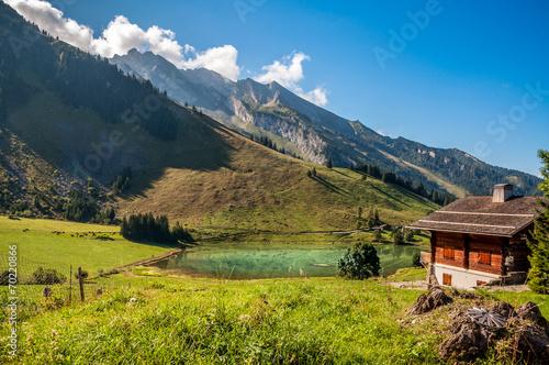 Papiers peints Alpes Lac des Confins aux Aravis