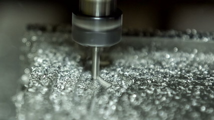 Close-up view: Metal Lathe Cutting Aluminium