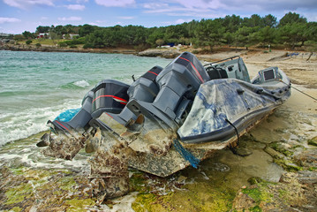 Powerboat Shipwreck