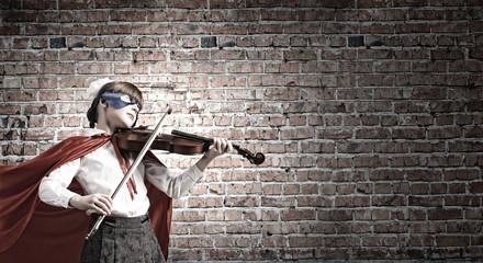 Superkid  playing violin