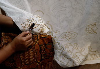 making a batik