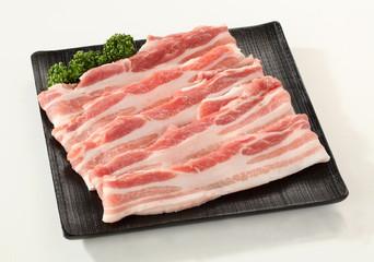 豚バラ薄切り