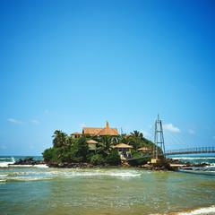 Island with buddhist Parey Duwa temple in Matara, Sri Lanka