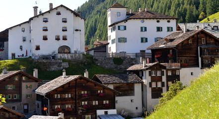 village alpinde splügen....chalets