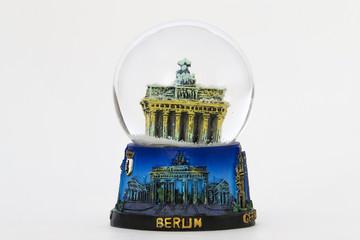 souvenir sfera con neve Berlino