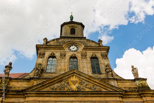 canvas print picture Alter gotischer Kirchturm mit Uhr und Steinfiguren