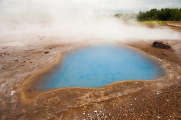 Blue pool Blesi