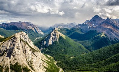 Mountain range landscape view in Jasper NP, Canada