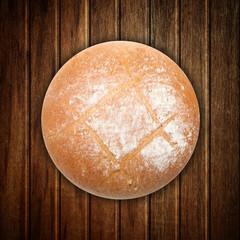Brotlaib auf dem Tisch