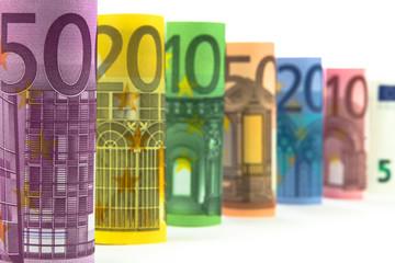 Türme aus Euro Banknoten