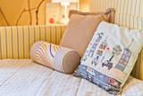 Fototapety Подушки на кровати / Pillows on the bed