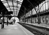 atmosphere at a train main station - 70312671