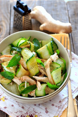 Oriental salad with cucumber and chichen