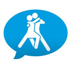 Etiqueta tipo app azul comentario simbolo bailarines