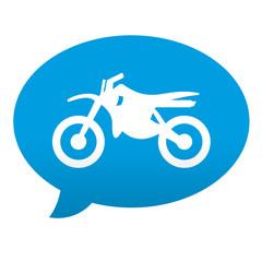 Etiqueta tipo app azul comentario simbolo motocross