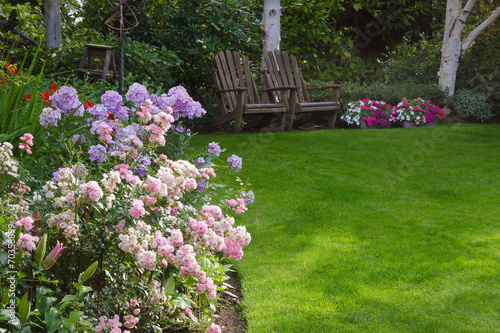 Relaxing Garden - 70358899