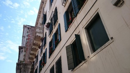 Häuserfassade in Venedig