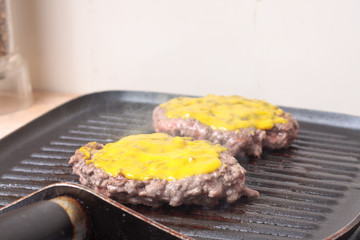 Burgers with mustard
