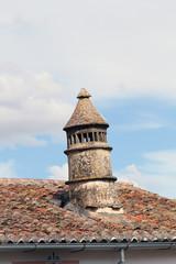 Tejado con chimenea, Cáceres Antiguo, España