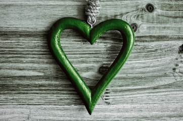 Herz, grün, Holz