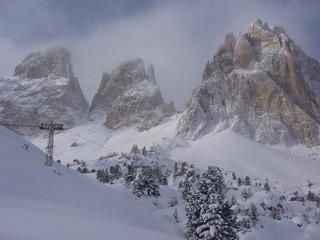 Nevicata sul Sassolungo