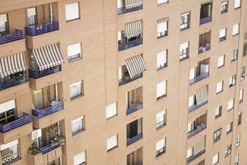 Building urban balconies