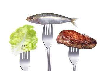 steak mit Fisch und Salat