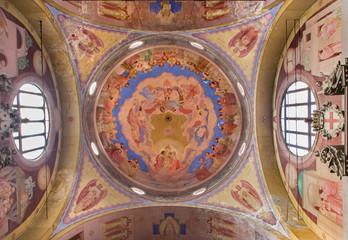 Padua - The Cupola in church Basilica del Carmine