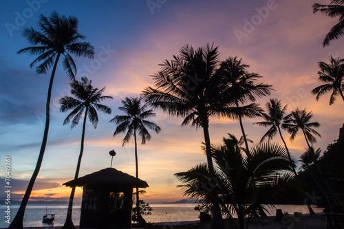 Leinwanddruck Bild Sunrise at Angthong Island
