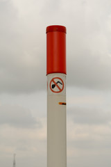 No digging sign on pole