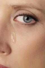 femme pleurant