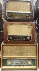 Vintage radio tuner receivers