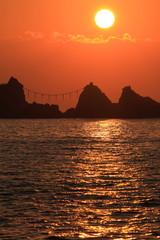 真鶴 三ツ石海岸の朝日