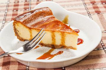 torta con caramello