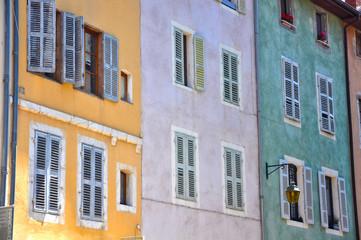 Annecy, Francia, viviendas, ventanas, casas típicas