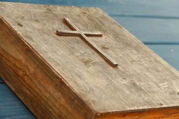 gebetsbuch aus holz II