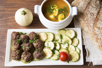 Meatballs, zucchini and carrot soup