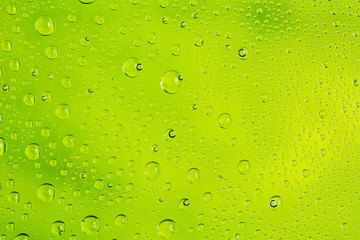 Gotas en Verde