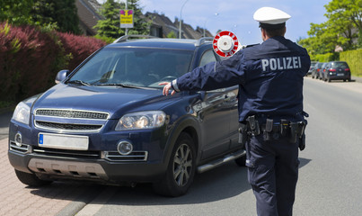 Polizei bei Blitzmarathon