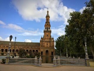 Südturm des Plaza de España in Sevilla