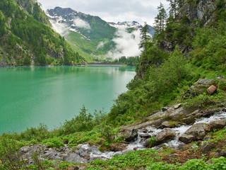 Der See Lago Alpe dei Cavalli in den Alpen