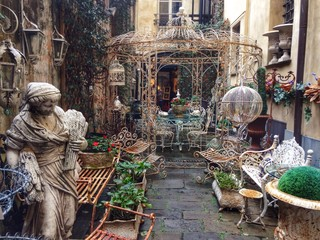 inside genova