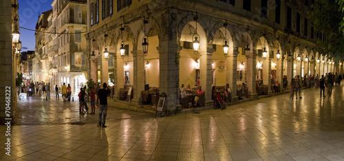 Zdjęcia na płótnie, fototapety, obrazy : Nachtleben in Korfu